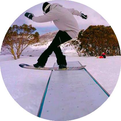 measley-snowboarding